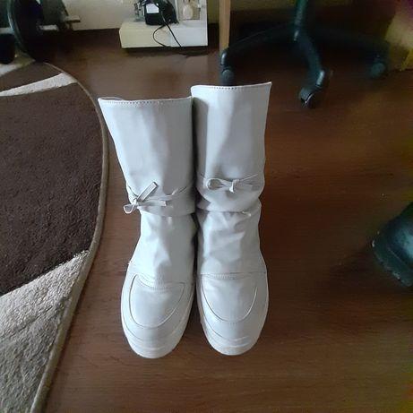 Ботинки сапоги 200грн