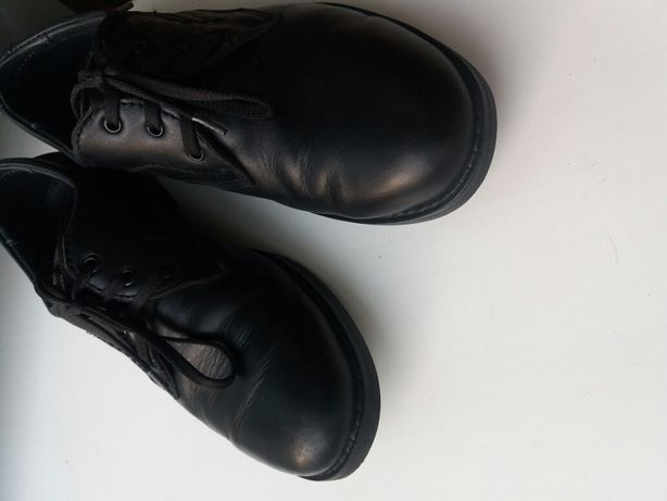 Кожаные туфли в школу для мальчика 34раз.