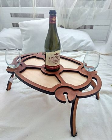 Винний столик.