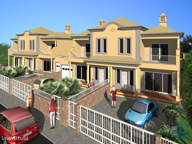Terreno - 698 m²