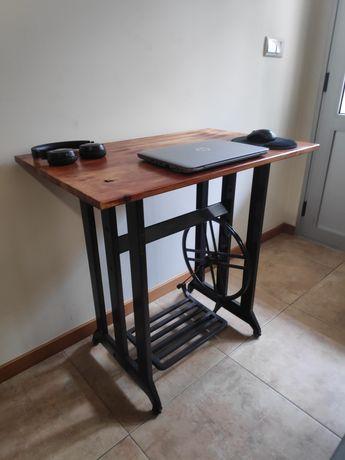 Secretaria / mesa /aparador