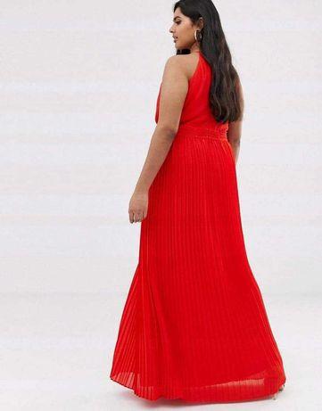 Hit! TFNC PLUS plisowana sukienka r.52