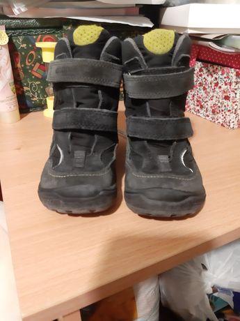 Фирменные ботинки для мальчика фирма Ecco
