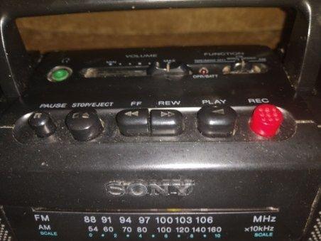 Radio magnetofon  Sony działające