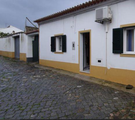 Moradia no centro de Reguengos De Monsaraz na zona historica