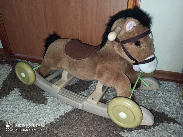 Лошадь качалка 2 в 1 деревянная музыкальная интерактивная лошадка конь