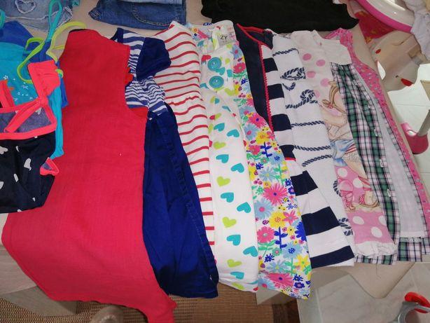 Lote de roupa de menina de verão 24 meses em bom estado