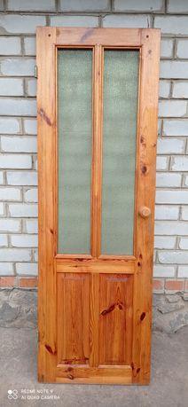 Двері(сосна) Б/В в гарному стані.