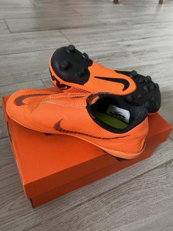 Korki piłkarskie Nike rozmiar 30 cm 18,5