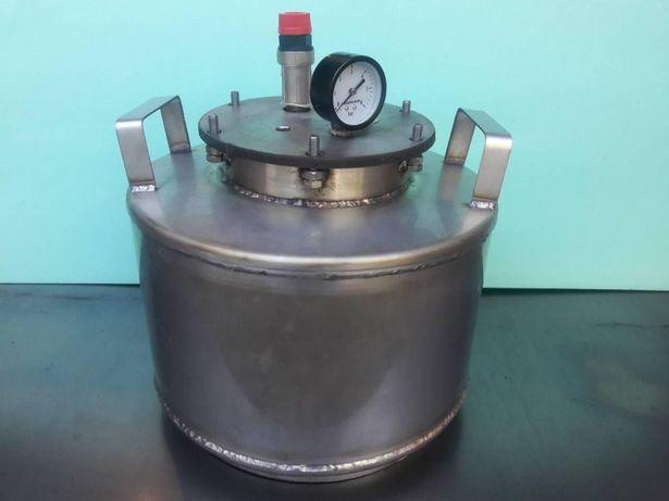 Автоклав из нержавейки на 8 пол  л. /5 литровых банок