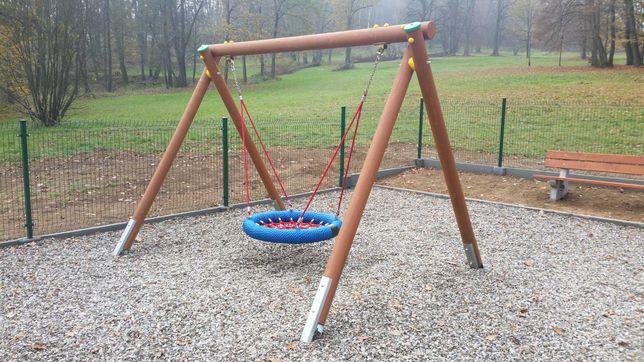 huśtawka drewniana - słupki, paliki, okrąglaki fi 120 mm na huśtawkę