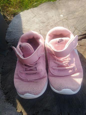 Кросовки Nike. 17.5 см