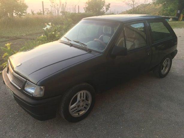 Opel corsa A motor 1.7 izusu