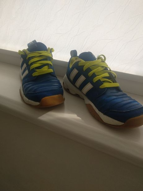 Кросівки adidas