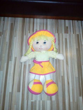 Grająca lalka mówi,śpiewa