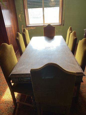 Mesa e cadeira de jantar