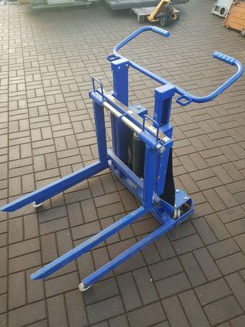 Wózek z podnosnikiem stan jak nowy