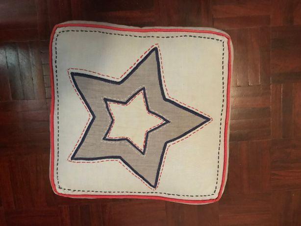 2 Almofadas de decoração - marca POTTERY BARN KIDS