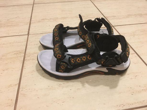 Sandały Nowe rozmiar 38