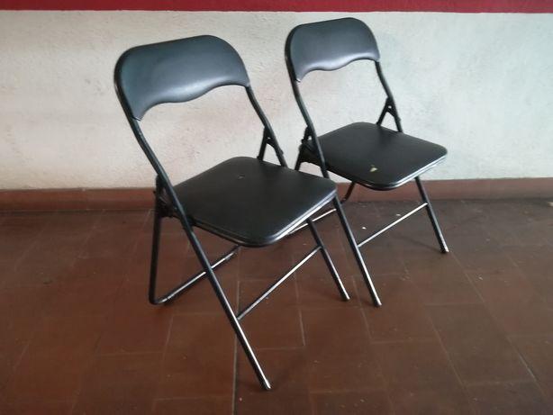 2 Cadeiras desdobráveis em metal - Preta