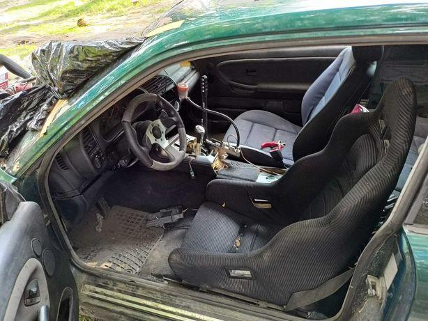 Sprzedam BMW. 325 coupe do ukończenia