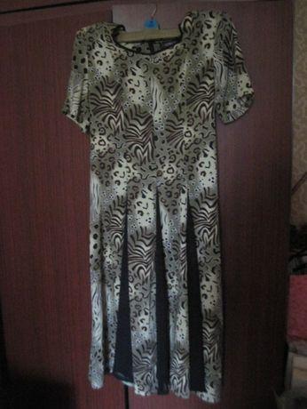 Платье летнее оливково-зеленое XL