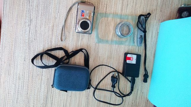 Aparat Sony Cyber-Shot DSC-HX5 ZOOM 10x optical G lens