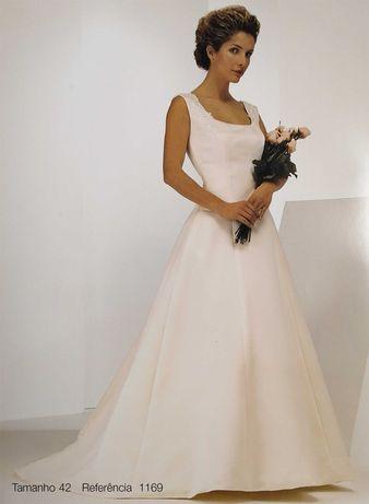 Vestido de Noiva Sposa Nova 1169