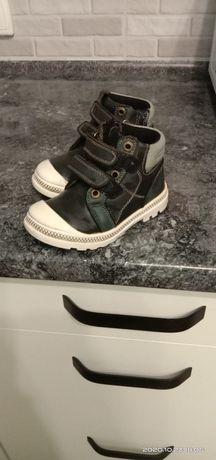 Кожаные ботинки осень-весна утеплённые