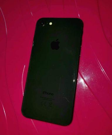Iphone 8 64GB + case