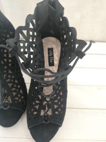 Sandały na szpilce r.37