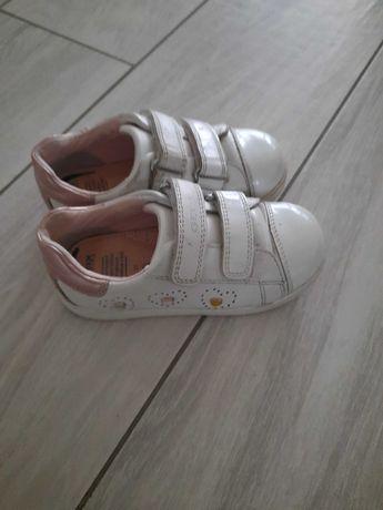 Sprzedam buty geox 27
