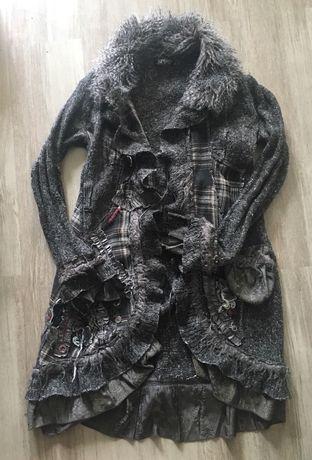 Sweter oryginalny z futerkiem ciepły design inny niz wszystkie m