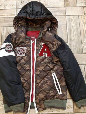 Фирменая куртка на мальчика или подростка