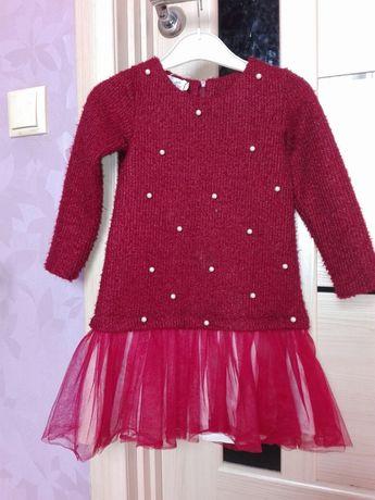 Продам плаття на дівчинку 5-6 років