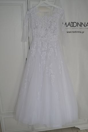 Biała zjawiskowa suknia ślubna z salonu Madonna Princess 2020 38