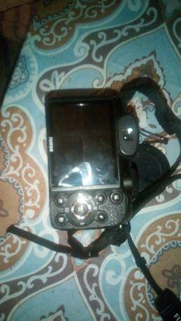 Продам дуже хороший фотоапарат майже новий