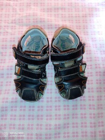 Босоножки,  сандалии 23 размер,  на стопу 13см