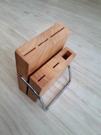 Stojak drewniany na noże