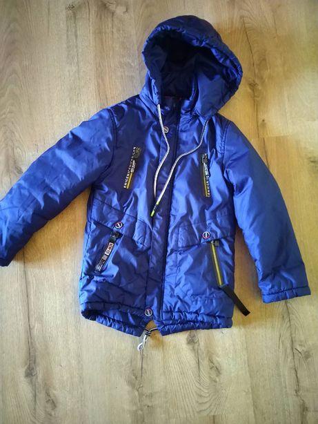 Куртка весняна, на хлопчика 7-8 років, зріс 128 см.