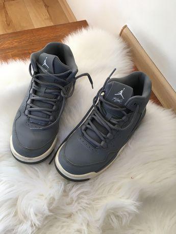 Oryginalne Buty Jordan rozmiar 38