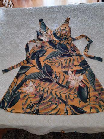 Vestido florido novo rialbani