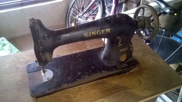 Maszyna do szycia Singer + stolik