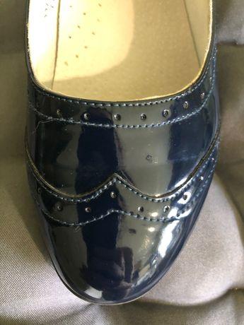 Туфли для девочки. Идеальное состояние