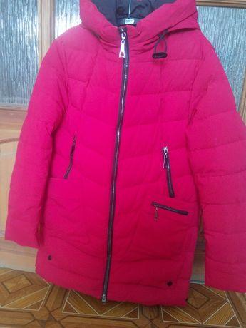 Зимнее теплое пальто для беременных.