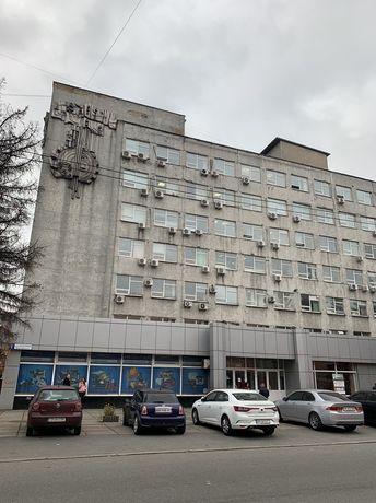 Офисы в БЦ напротив Ашана и ТРЦ « Проспект» метро Черниговская