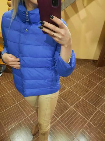 Якісна куртка розмір s , xs .. пише L , але маломірить) , я ношу завжд