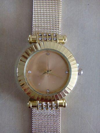NOWY zegarek damski złoty na prezent