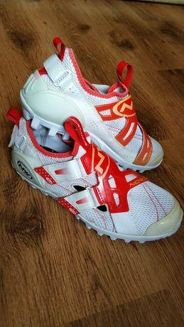 Велоботинки/кроссовки NorthWave р.39/обувь/туфли/кросівки для велосипе