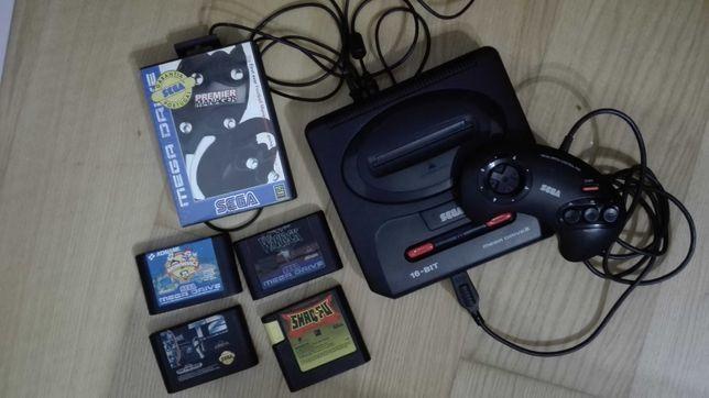 consola e jogos antigos da Sega